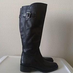 Arturo Chiang Wide Calf Black Boots